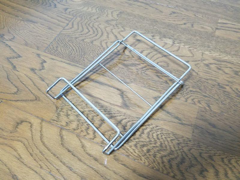 折りたたみワイヤー式ブックスタンド