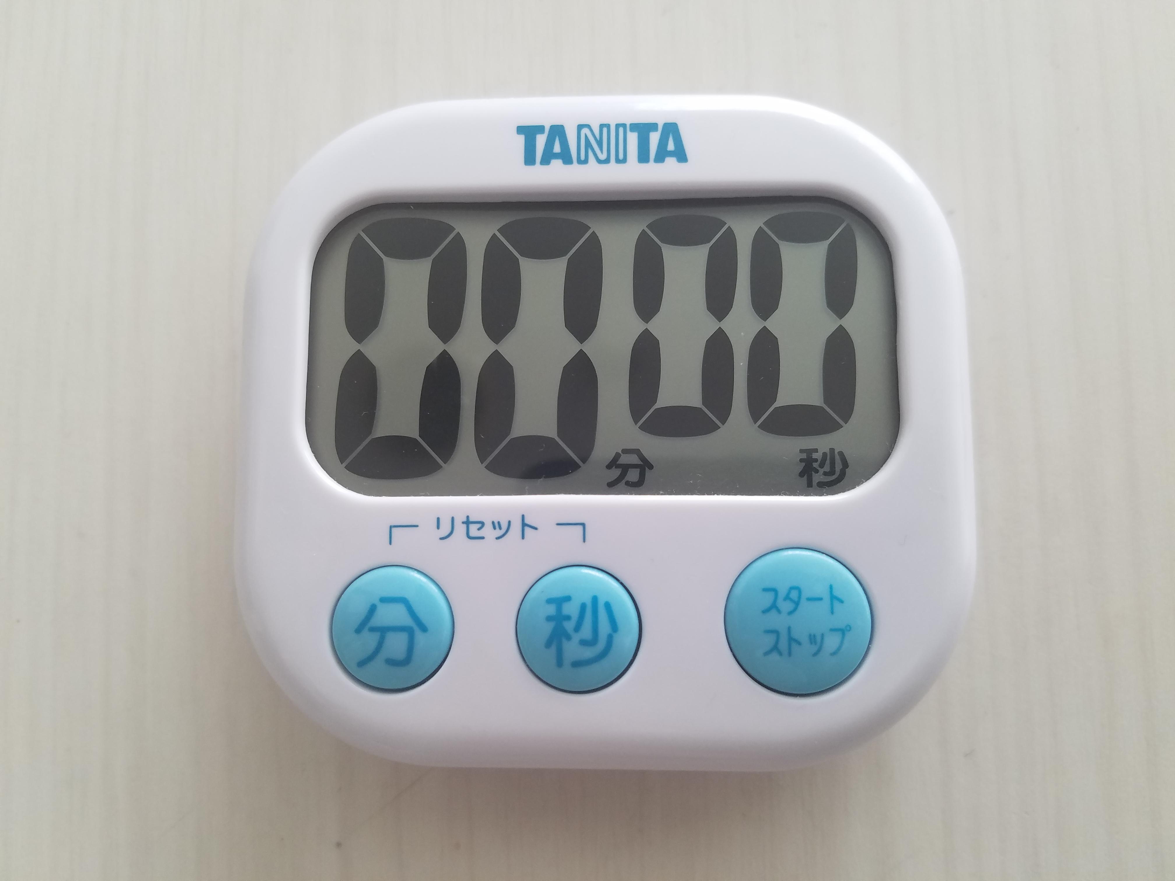 タニタの「デカ見えタイマー TD-384」