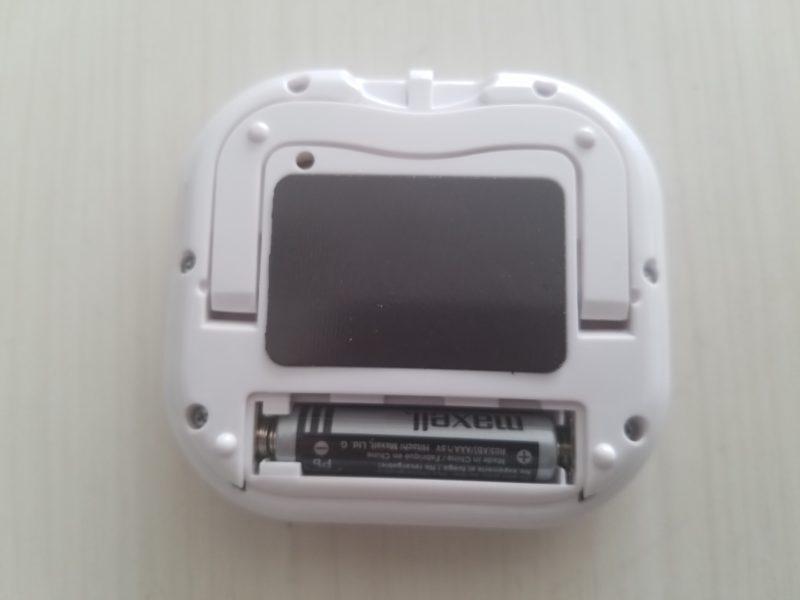 デカ見えタイマーの電池は単4×1本